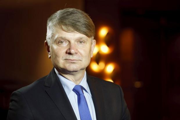 Moskalewicz: PERN bada możliwości importu ropy z USA