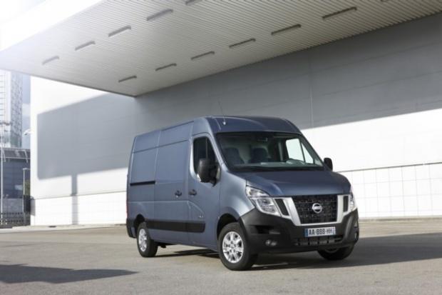 Nissan odświeżył  model NV400