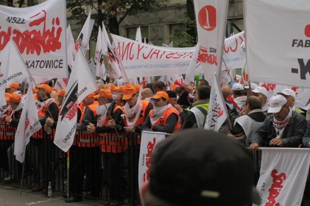 Górnicy liczą, że premier przyjmie ich delegację po expose