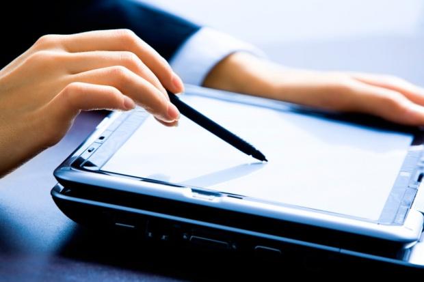 Usługi biznesowe potrzebują specjalistów IT