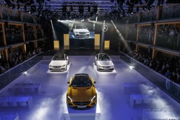 Mercedes-Benz i smart podczas Mondial de l'Automobile 2014