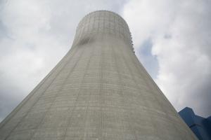Bloki energetyczne pod presją podwykonawców i rynku