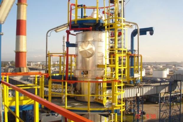 Polimex alokuje pracowników. Cel energetyka i petrochemia
