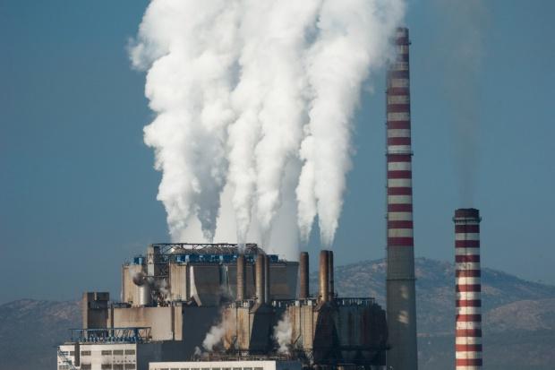 WISE: darmowe uprawnienia wzmacniają oligopol energetyczny
