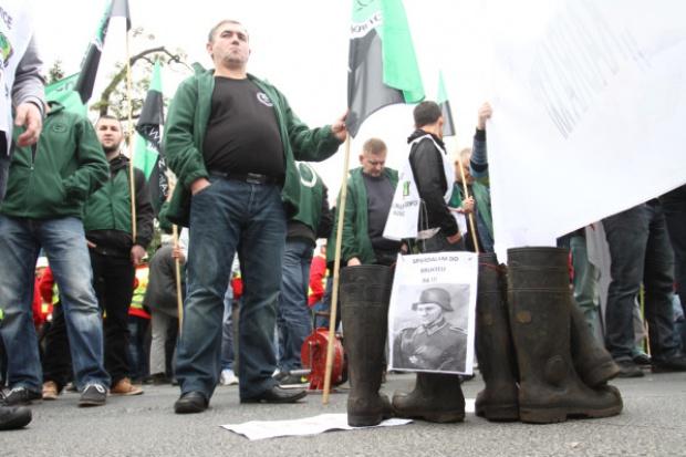 Protestowali przed składem węgla w Białych Błotach