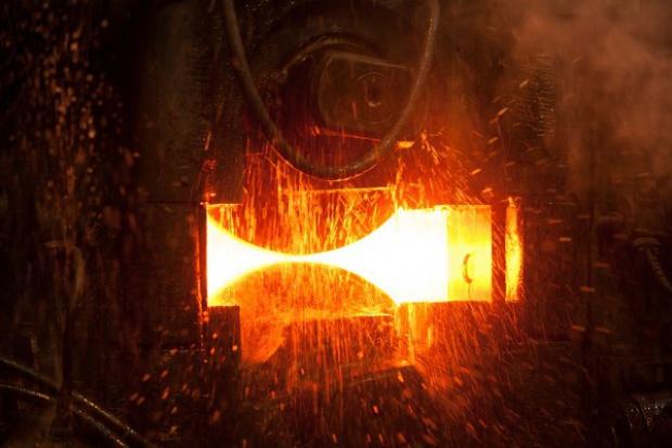 Ciężkie życie stali