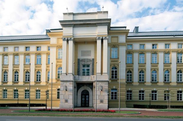 Kilkuset związkowców Orlenu zjedzie do Warszawy
