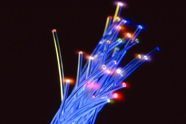 Internet na ziemi czy w powietrzu?