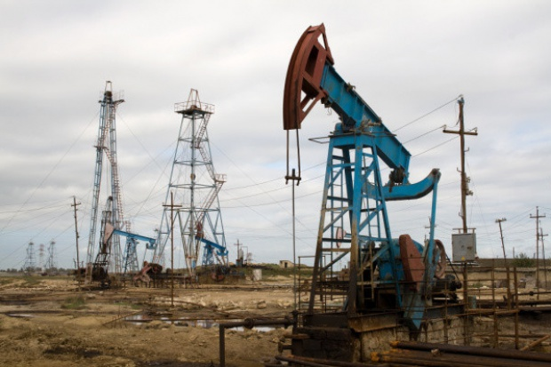 Wydobycie ropy nadal rośnie