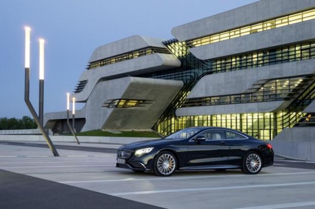 Mercedes-Benz z wysokim wzrostem w segmencie premium