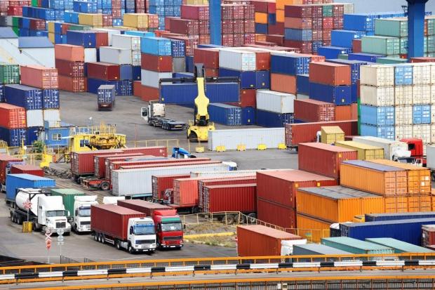 Port Rotterdam ucieka europejskim konkurentom kontenerowym