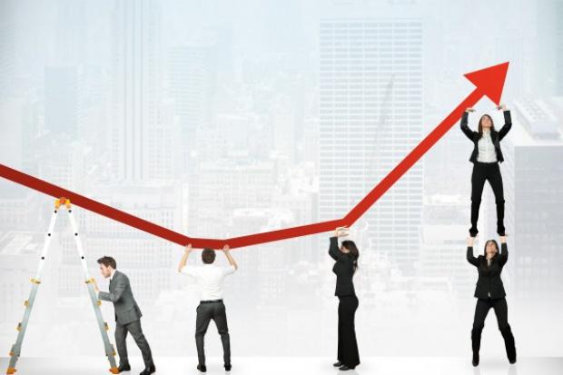 Ekonomiści: ruszają popyt i inwestycje