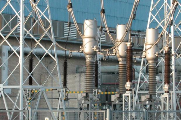 Trzy firmy obrotu walczą o kontrakt z Energą Operator