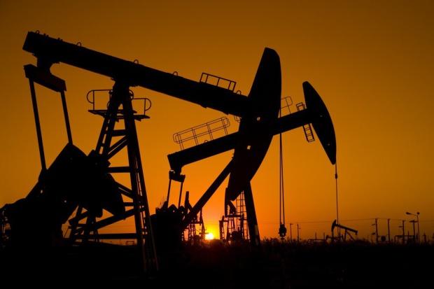 Efekt OPEC - ropa najtańsza od pięciu lat