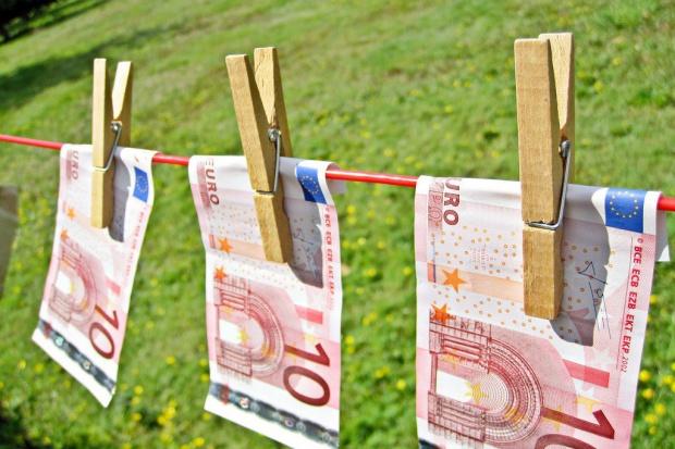 Polska pralnią pieniędzy, proceder rośnie z roku na rok