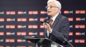 Buzek do KE: uprzemysłowienie Europy to najpilniejsze zadanie