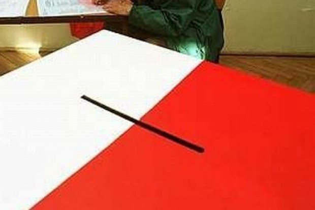 Firma Nabino tłumaczy się za błędy wyborczego systemu informatycznego