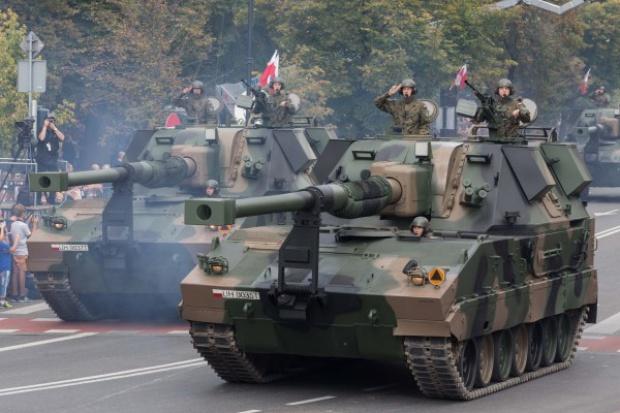 Armatohaubica Krab pojedzie na koreańskim podwoziu