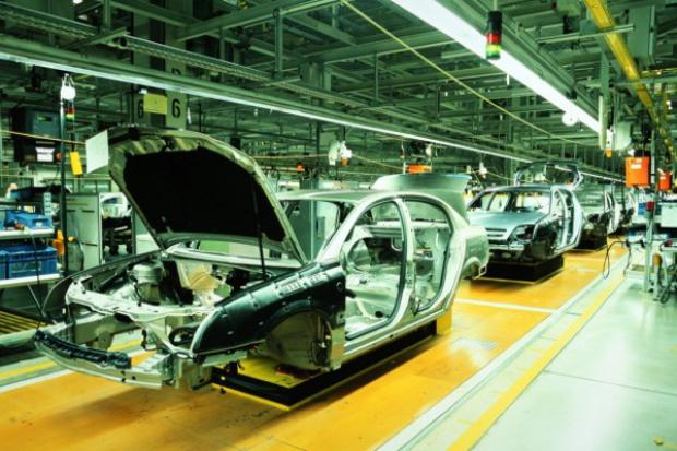 Produkcja przemysłowa w listopadzie słabsza niż przed miesiącem