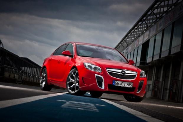Opel: 15 lat OPC - sportowców na co dzień