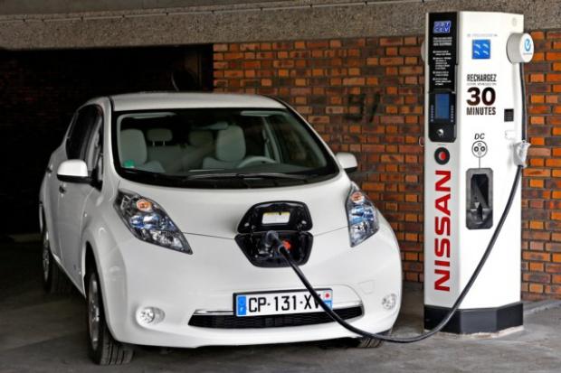 Elektryczny Nissan coraz popularniejszy w Europie