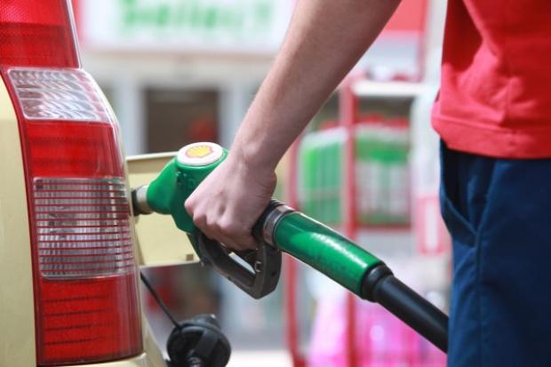 Korekta cen paliw na rynku hurtowym