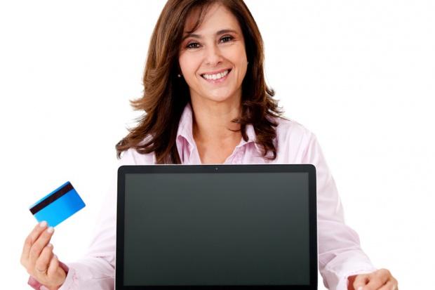 Konsumenci zyskują więcej praw w e-handlu