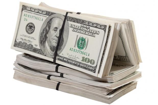 Duża pożyczka konsorcjalna Acronu