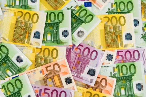 Euro osłabnie do poziomu, na którym je wprowadzono?