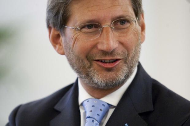 Hahn: powstanie mapa drogowa ws. pomocy dla Ukrainy