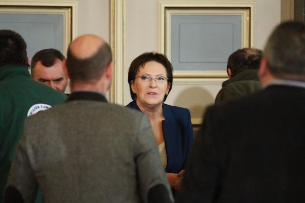 Po rozmowach premier Kopacz ze związkowcami i samorządowcami - opinie