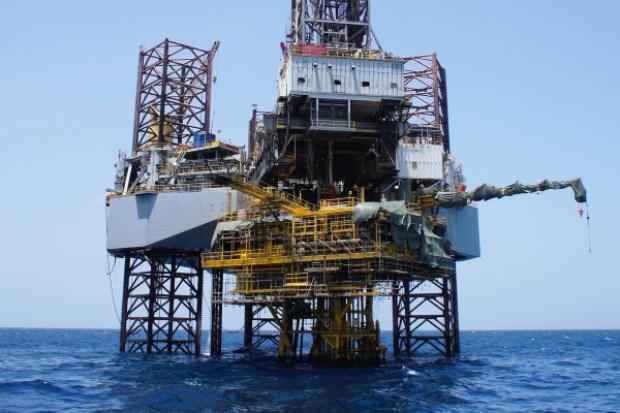 Tania ropa: Schlumberger planuje zwolnić 9 tys. pracowników