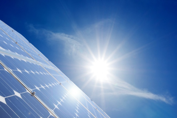 Emiraty stawiają na energetykę słoneczną