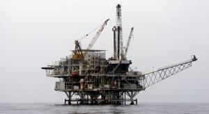 Niskie ceny ropy uderzają w chiński offshore