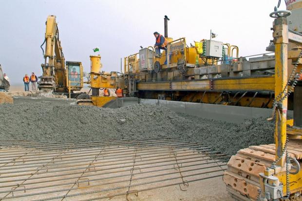 Prezes Mirbudu: Polacy poradzą sobie z drogami betonowymi