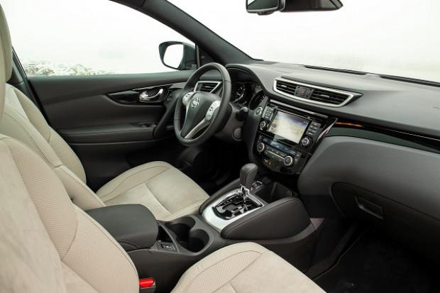 Trzeba sprawdzić koło kierownicy w niektórych modelach Nissana