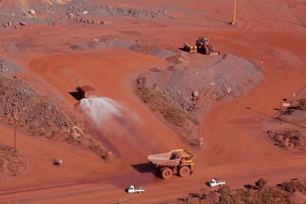 Kolejne rekordowe spadki cen rudy żelaza