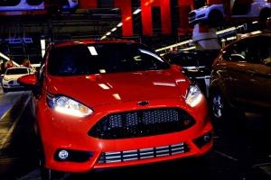 Niemieckie fabryki Forda dodają gazu