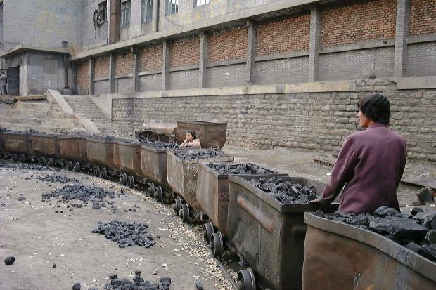 Wydobycie węgla w Chinach spadło po raz pierwszy od 14 lat