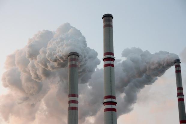 Pierwsza aukcja polskich uprawnień do emisji CO2 w 2015 r.