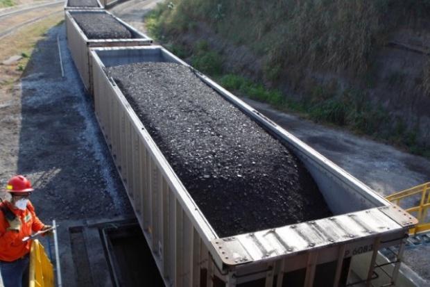 Glencore rozważa zamknięcie kopalń węgla w RPA