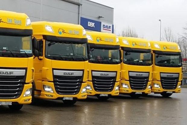Lekki poślizg rynku ciężarówek