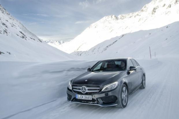 Mocne otwarcie roku Mercedesa