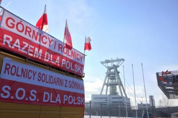 Związkowcy blokowali dwie ważne drogi na Śląsku
