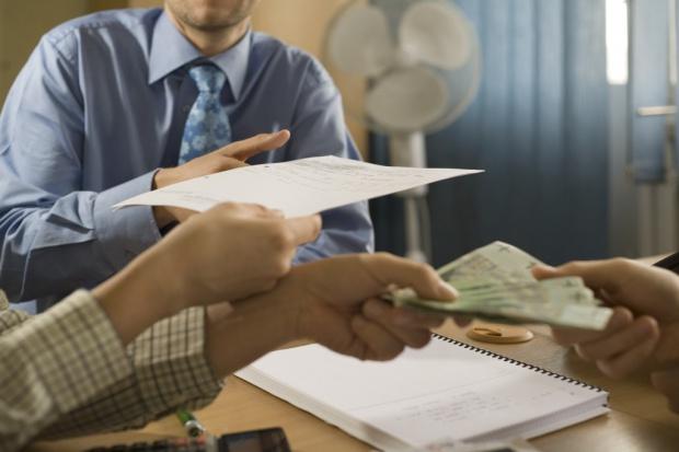 MF liczy, że w marcu rząd przyjmie projekt ustawy o administracji podatkowej