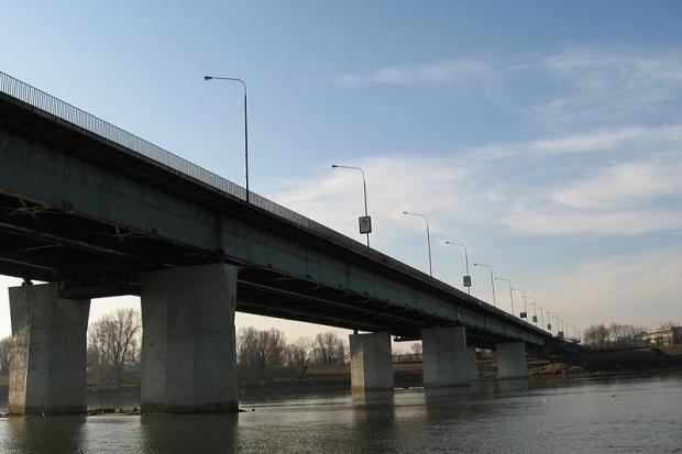 Jest śledztwo ws. pożaru Mostu Łazienkowskiego