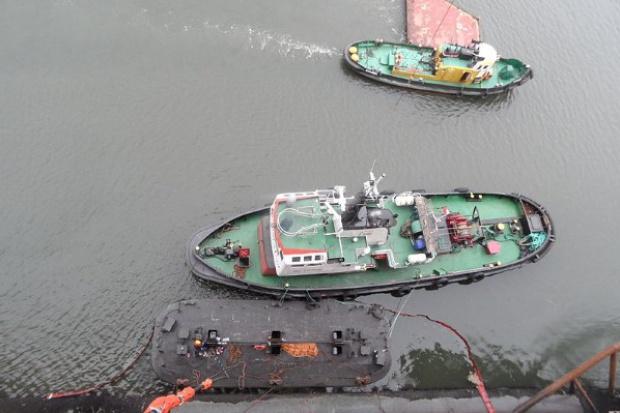 Świnoujście: zatonął holownik; załodze nic się nie stało