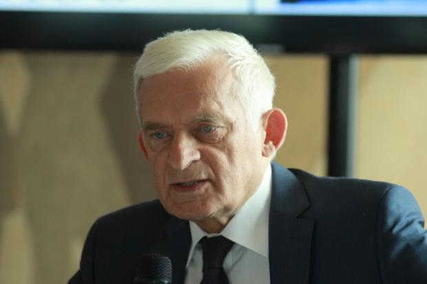 Buzek: warunkiem podpisania TIPP jest eksport gazu przez USA