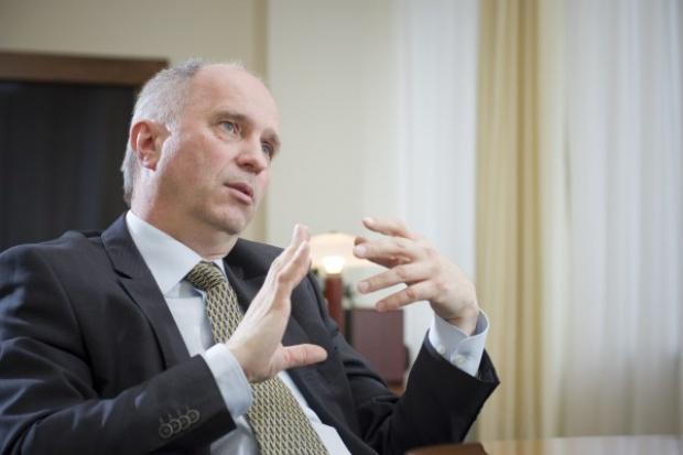 Szef KNF: czekamy do 11 marca na stanowisko banków