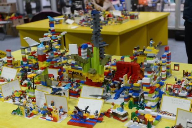 Siła marek: Lego rośnie, Ferrari hamuje